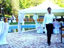 Кетъринг: Сватба в с.Лопян местноста Орлова скала, 120 гости - 09.05.2009
