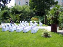 Кетъринг: Коктейл преди сватба в Ботаническата градина 250 гости - 19.07.2008г