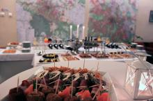 Кетъринг: Коктейл в сградата на Дирекция Архитектура и Градоустройство, 50 гости - 23.11.2010г.
