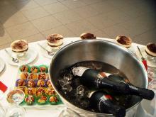 Кетъринг: Коктейл в шоурума на Фолксваген, 40 гости - 26.11.2008г