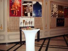 Кетъринг: Изложба - 60 полски и български сценични плакати - театър Иван Вазов , 100 гости - 30.10.2009г.