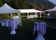 Кетъринг: Сватба село Рибарица, к-с Върбака, 80 гости - 22.08.2009г.