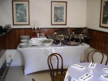 Кетъринг: Работен обяд в OMV, централен офис, 15 гости - 12.03.2008г.